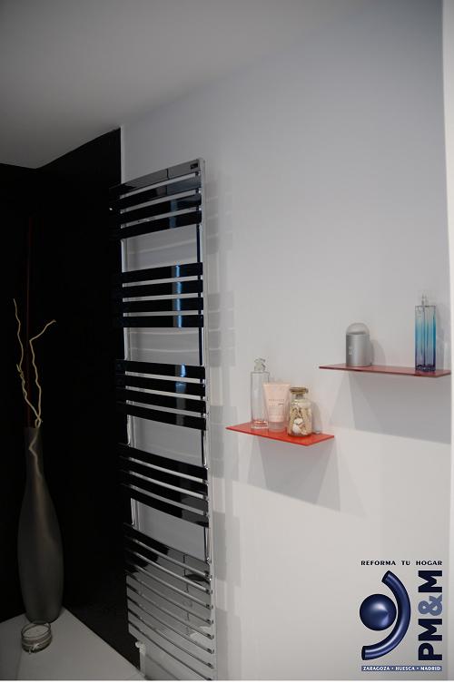 baño-2.-radiador-diseño.-vivienda-en-zaragoza